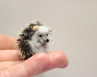 Felted Hedgehog, felted animal, Miniature soft sculpture, Woodland,felted miniature