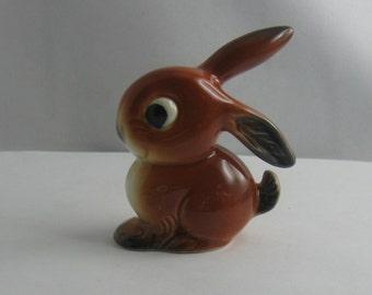 Goebel W. Germany. Enchanting, age old porcelain figure: rabbit / hare / googly bunny. animal figure / figurine. H about 7.5 cm. VINTAGE