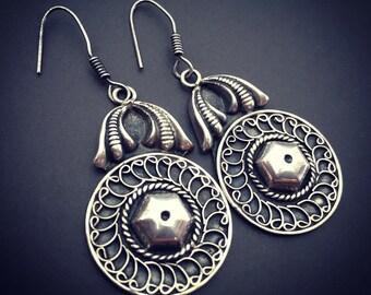 Gorgeous vintage sterling silver tribal earrings