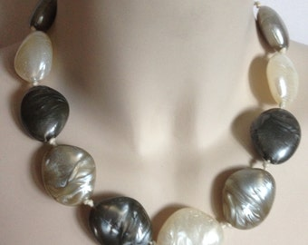 Necklace - chunky pebble shaped bead beaded necklace swirly plastic beads retro design cream and shades of silver grey