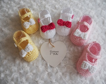 crochet baby booties/Mary Jane sandals/baby girl shoes/baby slippers/cotton sandals/new baby gift/baby shower gift/ christening shoes.