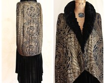Authentic 1920s Cocoon Coat /Cape / Museum / Metallic Lame / Floor Length Coat  / Size Medium