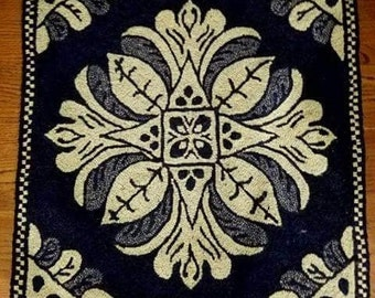 """24 """" Coverlet Pillow Pattern for Rug Hooking"""