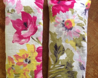 Lavender Eye Pillow handmade from Vintage 70's cotton linen blend fabric for yoga & relaxation -English garden floral print