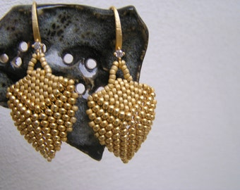 PDF beaded earring tutorial/pattern