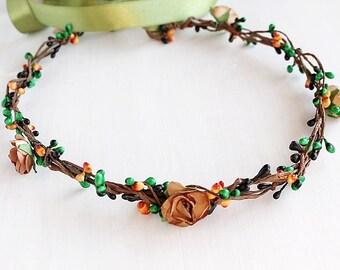 Fall Bridal Halo, Autumn Wedding Crown, Berries Head Wreath, Boho Halo, Beige Rose Crown, Woodland Crown, Flower Girl Wreath, Berries Crown