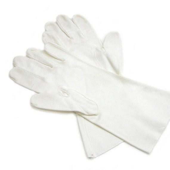 Vintage Cotton Gloves 121