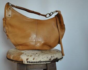 Vintage LEATHER SHOULDER BAG .....(312)