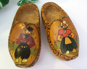 Vintage 1950's Pair of Handmade WOODEN SHOES from Holland – Child Size with Wall Mounts – Hand Painted – Hand Carved -