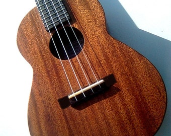 Tenor Ukulele 14 fret classic model with case in Mahogany by Michael J King