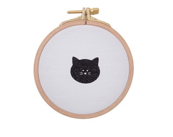 Cute little cat face on Wall frame - Black and white - Cat face - Cute cat - House - Houseware - Decoration - Love - Christmas