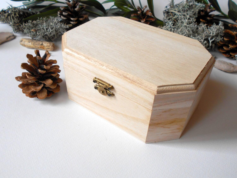 large unfinished wood hinged boxes  |Large Unfinished Wooden Boxes