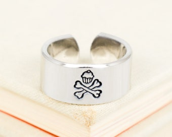Cupcake and Crossbones Ring