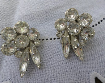 retro/vintage  rhinestone earrings
