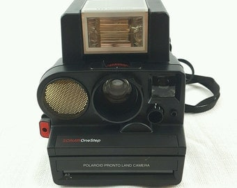 Vintage Polaroid Pronto Land Camera SONAR OneStep with 2209 Polatronic w Flash