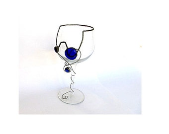 Wine glass decor. Trinket dish. Wine goblet. Wine cup. Chalice. Glass trinket dish. Recycled wine glass. Stained glass technique.