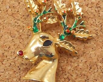 M9: Vintage reindeer pin