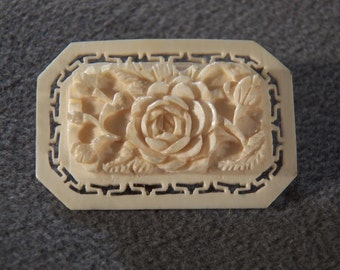 Vintage Carved Lucite Sophisticated Floral Theme Brooch, A Must Have Piece for the Serious Vintage Collector!~~    **RL