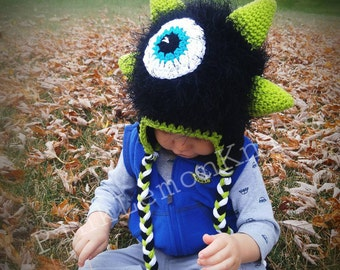 Monster Hat, crochet monster hat, boy winter hat, baby photo prop, Christmas boy, knit winter hat, black fuzzy monster hat, boy animal hat