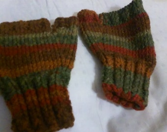 Autumn themed fingerless mitts