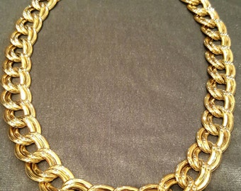 14K Yellow Gold Necklace. Free U.S. Shipping. International Charges May Vary.