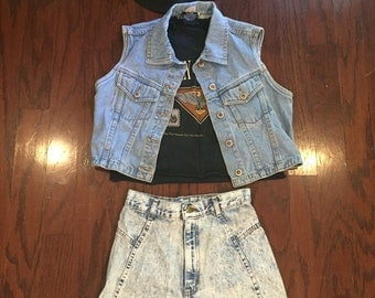 1990's cut off acid washed jean shorts