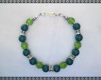 green bracelet, dark green bracelet, green crystal bracelet, crystal, light green, green