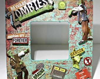 Zombie/ Zombies Fright /Halloween/ Scary Picture Frame