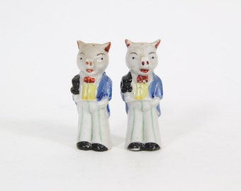 Vintage Anthropomorphic Pig Salt and Pepper Shakers, Groom, Wedding, Butler, Gentlemen with Top Hat