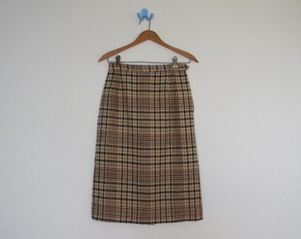 FREE usa SHIPPING Vintage women's A line wool plaid minimalist skirt fits like a size S