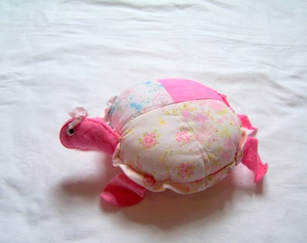 "1950s turtle pincushion,9"" long"