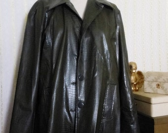 Green Faux Leather Long Sleeve Jacket Size XL Rain  Outbound