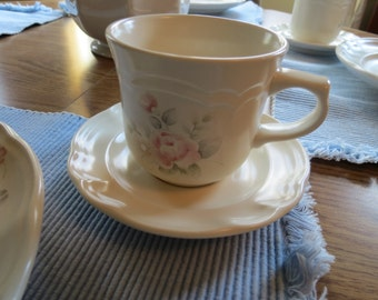 Pfaltzgraff Tea Rose Cups