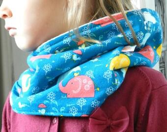 Knit circle scarf