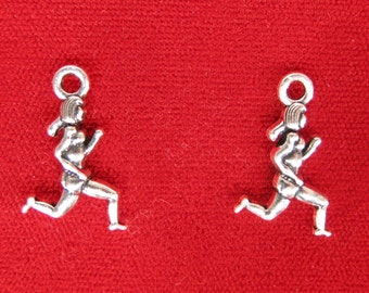 """10pc """"running girl"""" charms in antique silver style (BC973)"""