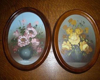 Vintage original oil on board painting floral flowers in vase 8 x 10 Oval framed, Set of two