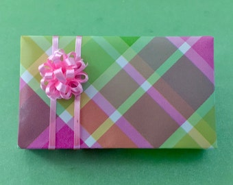 LARGE GIFT PACKAGE
