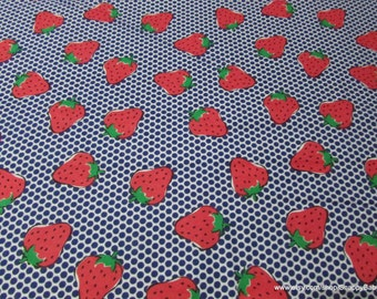 Flannel Fabric - Strawberries - 1 yard - 100% Cotton Flannel