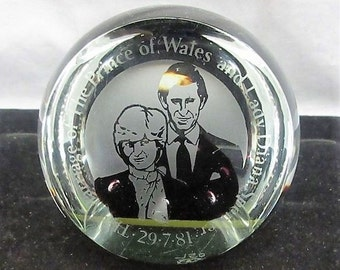 Caithness Paperweight Royal Wedding Charles Diana 366/750 Ltd Edition 1981 Vtg