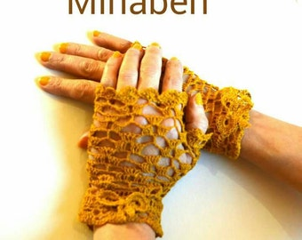 Mittens in mustard linen thread. Unique model. On order only.