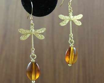 Dragonfly and Amber Gold dangle earrings ~ Outlander inspired