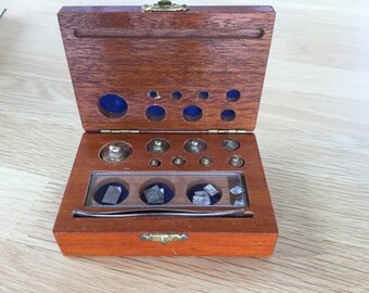 Vintage Apothecary weights in Mahogany Box