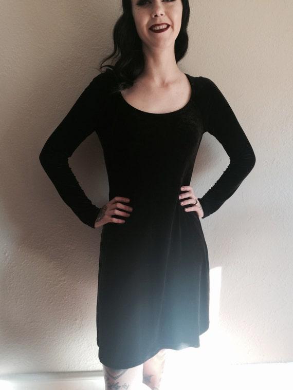 VTG DKNY faux velvet black dress
