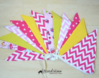 "Triangular Flags Festoon Maxi ""do & cupcake"""