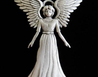 JJ Jonette Serene Angel With Spread Wings Brooch Pin