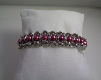 Fuchsia Freshwater Pearl Chainmaille Bracelet; Spine of the Centipede Chain Mail Bracelet; Pink Chainmaille Bracelet; Chain Maille Bracelet