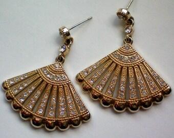 Spanish Fan Rhinestone Pierced Dangle Earrings - 4446