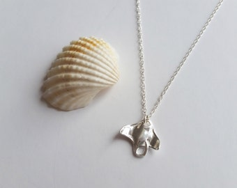 Sterling Silver Manta Ray Pendant Necklace