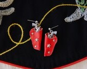Red & silver 1950s style western holster earrings – pierced or clip