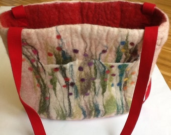 Handfelted Bag with grass and flowers, red white